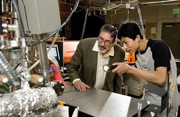 Zare and Zhang in lab