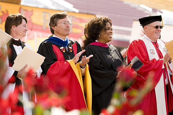oprah winfreys 2008 stanford speech Oprah winfrey commencement speech oprah's audience was she lets the audience know that her god daughter kirby attends stanford and she is very proud of her oprah uses humor throughout her speech as she says the name stanford engaging the audience as she speaks.