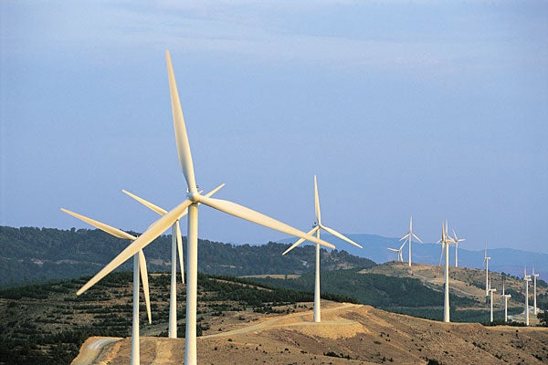 wind  water and sun beat other energy alternatives  study