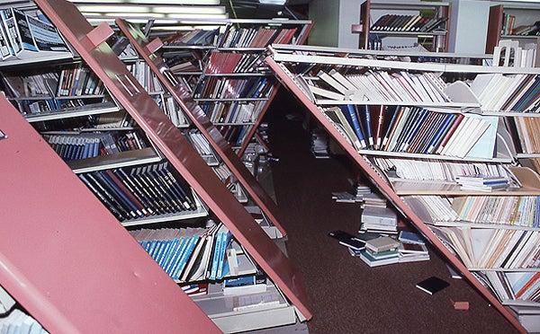 Library shelves after Loma Prieta earthquake