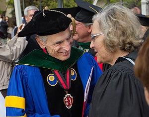 Medical School Dean Philip Pizzo chats with commencement speaker Elizabeth Blackburn