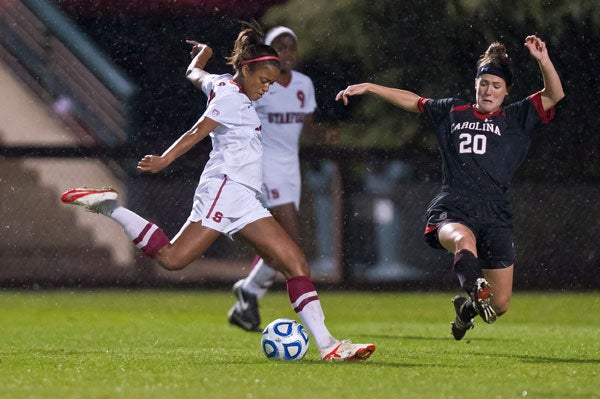 Lindsay Taylor of the Cardinal women's soccer team in a match against South Carolina in the 2011-12 season.