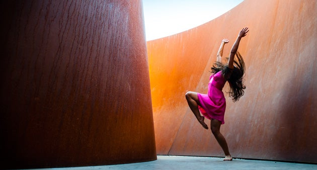 Chocolate Heads dancer at Cantor Arts Center.