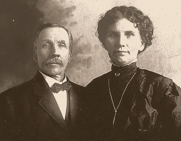 Historic photo of Hans and Pauline Gabrielsen