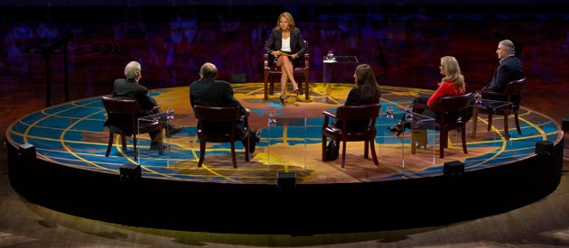 Journalist Katie Couric moderates the 2013 Stanford Roundtable