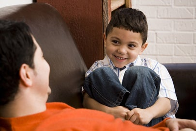 Stanford psychologist shows why talking to kids really matters