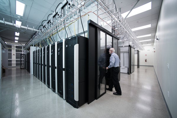 New energy-saving facility boosts Stanford's computing prowess