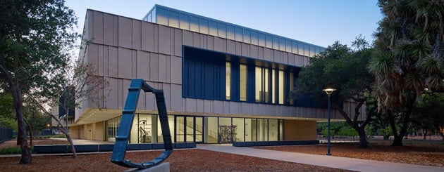 Exterior of the Anderson Collection at Stanford University