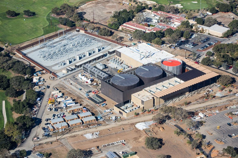 Aerial view as Central Energy Facility nears completion in November 2014 / Todd Quam
