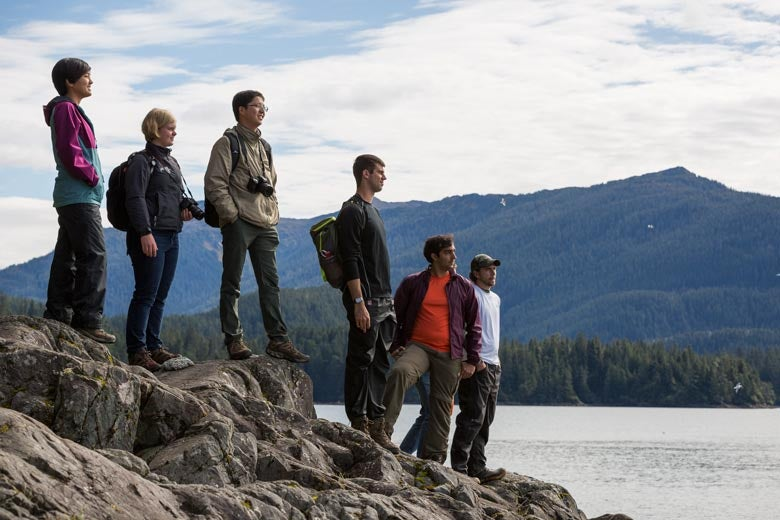Students study Alaskan wilderness