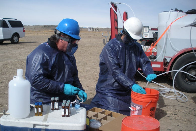 EPA staff monitoring well for fracking contaminants / Dominic DiGiulio